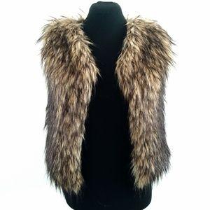NWT curio+kind Brown Girls Faux Raccoon Fur Vest